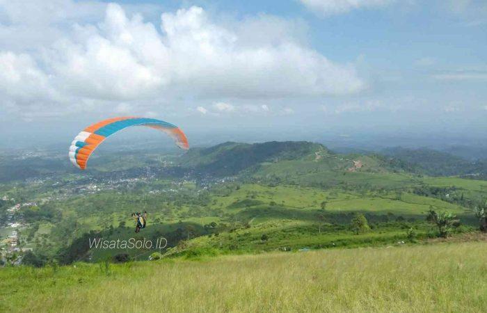 bukit paralayang solo
